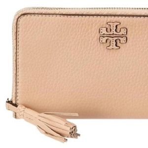 Tory Burch Taylor Large Leather Wallet Devon Sand
